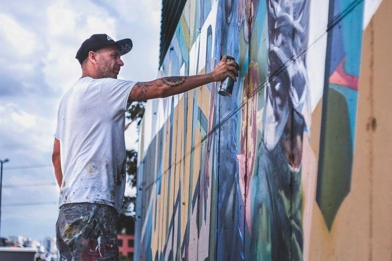 От 15 август Nasimo ще рисува в Оряхово. Върху фасадата