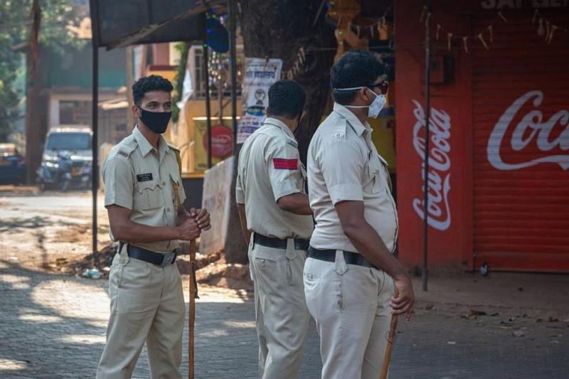Индийският гангстер Викас Дубей, задържан вчера за убийството на осем