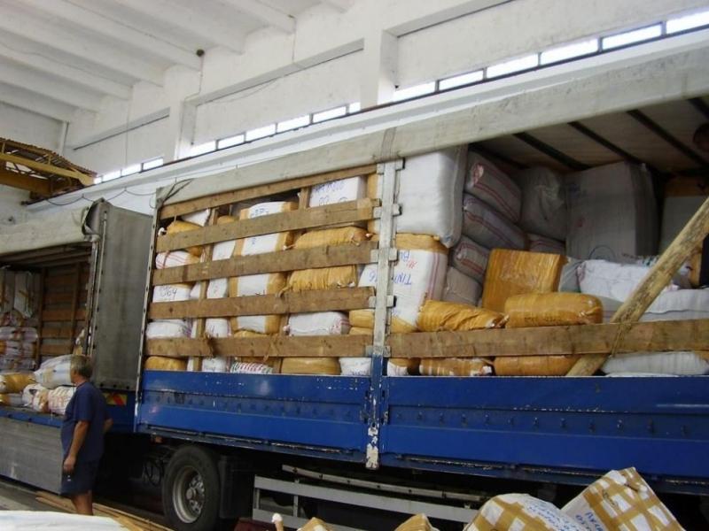 Нов случай на контрабанда на текстилни изделия, портмонета и колани