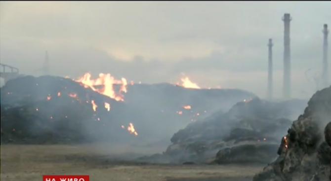 Голям пожар е избухнал снощи в ТЕЦ-Сливен. Запалили са се