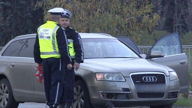 "Полицаи са установили лек автомобил ""Ауди А6"" с чужди регистрационни"