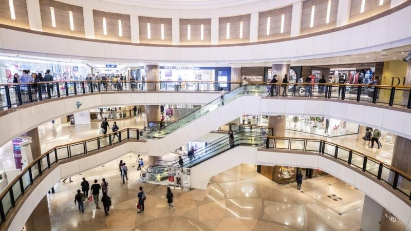 Големите магазини може да отворят, но при нови условия, обяви