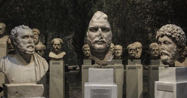 Лют скандал се завихри между Министерството на културата в Гърция