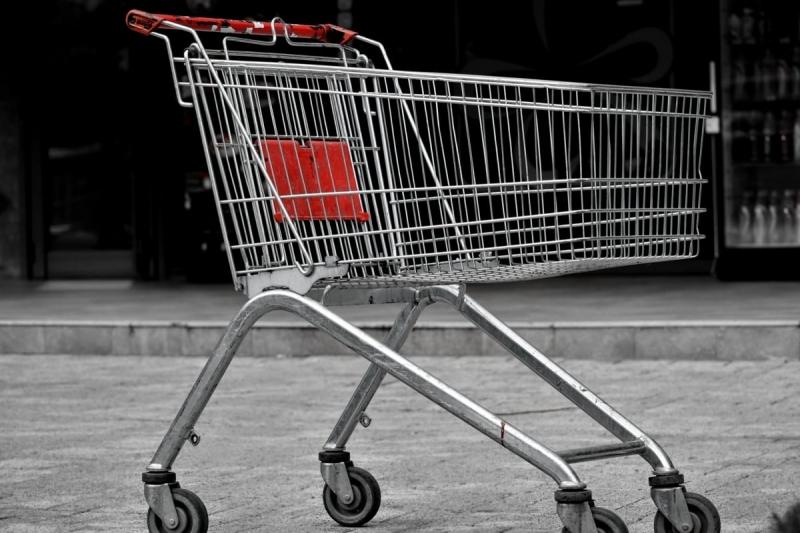 Цените на стоки и услуги тръгват нагоре заради непрекъснатото поскъпване