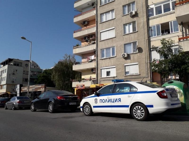 """Жена падна от жилищен блок на ул. """"Васил Друмев"""" в"""