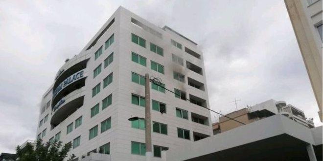 Пожар избухна в хотел в Атина /снимки/