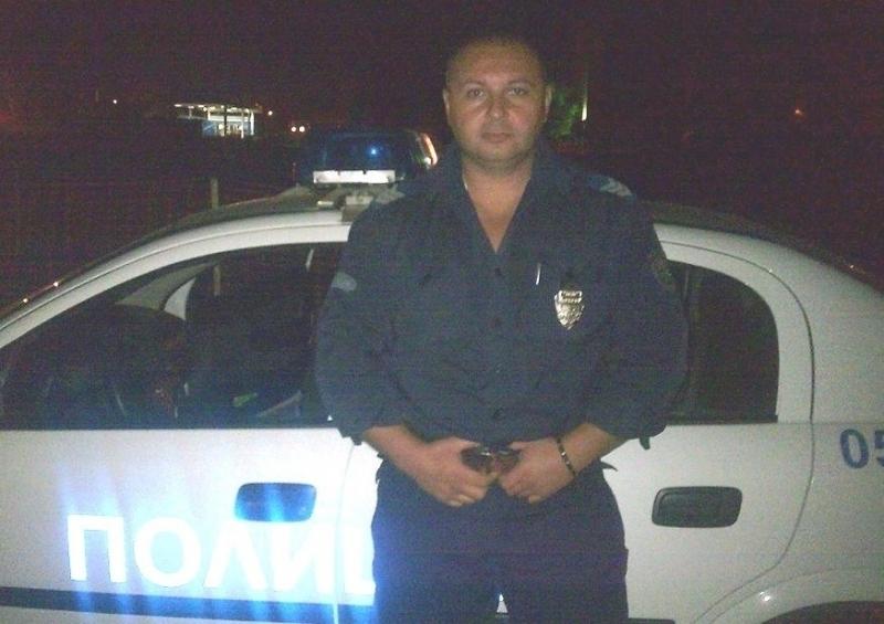 Снимка: Проверка оневини набедения с афиши за наркопласьор полицай във Видин