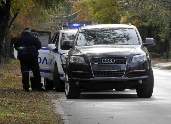 Хванаха чужденец с краден джип Ауди Q7 в Хасково