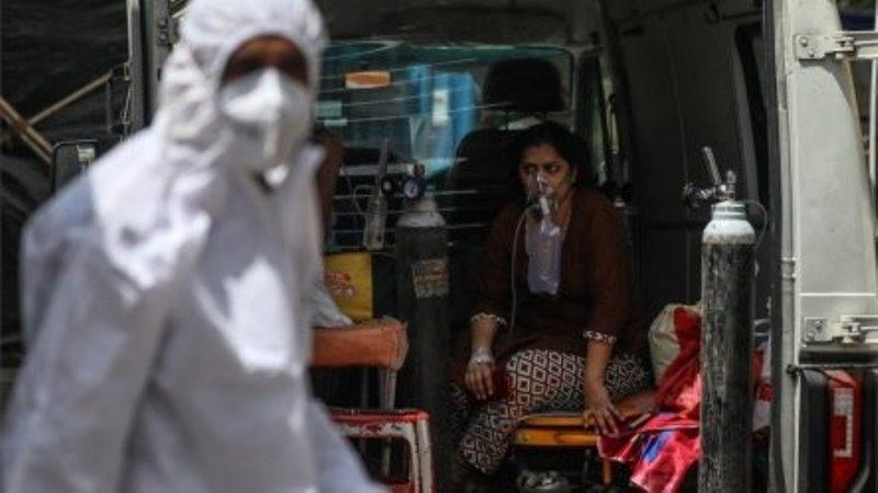 Индиярегистрира рекордните 3780 смъртни случаи от коронавирус за 24 часа,