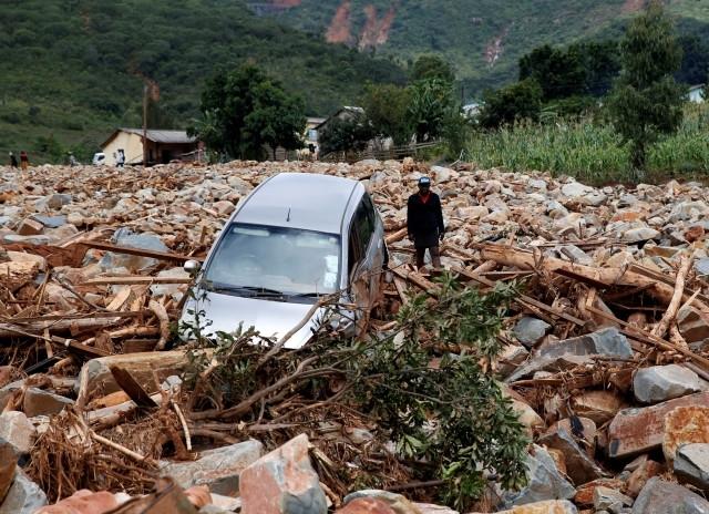 Броят на жертвите на циклона Идай, който връхлетя Мозамбик, Малави
