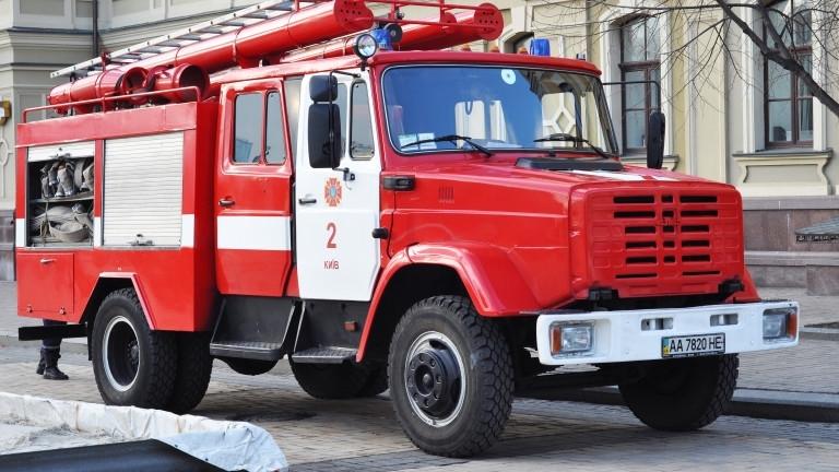 Снимка: 8 загинали и 10 в болница при пожар в хотел