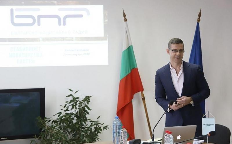 Новият генерален директор на БНР е Андон Балтаков. Той бе