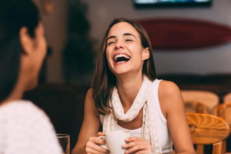 Честият смях убива стреса