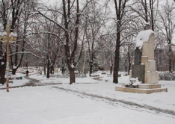 """""""34 сантиметра е най-дебелата снежна покривка в област Монтана. Най-много"""