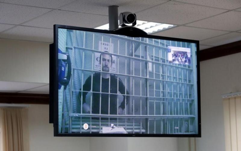Руските власти пуснаха от ареста актьора Павел Устинов