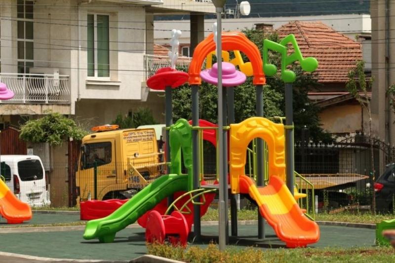 Правителството отпуска 15 млн. лева за училища и детски градини