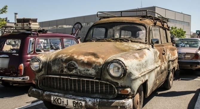 На най-замърсяващите автомобили ще бъде забранено да влизат в центъра