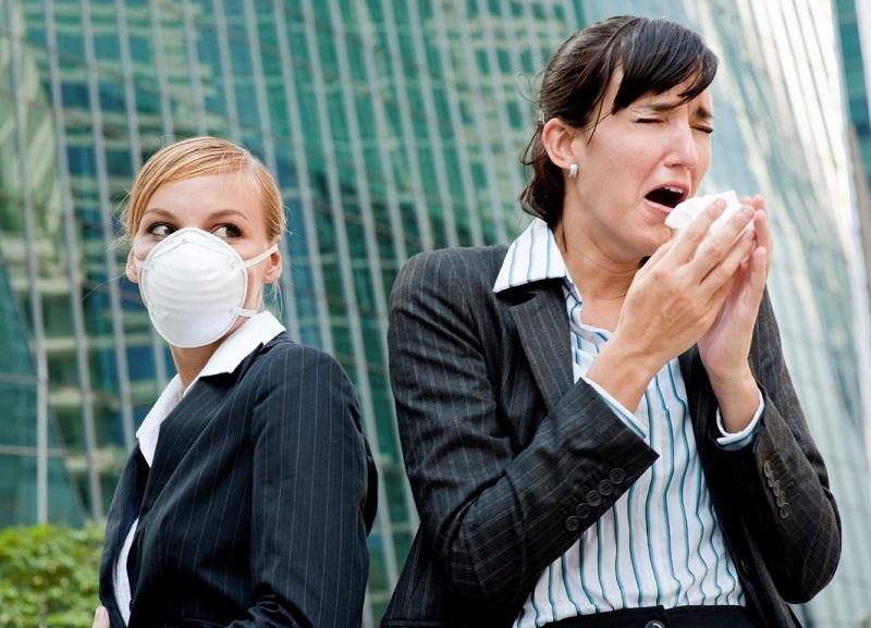 Драстично се е увеличил броят на контактните на заразени с