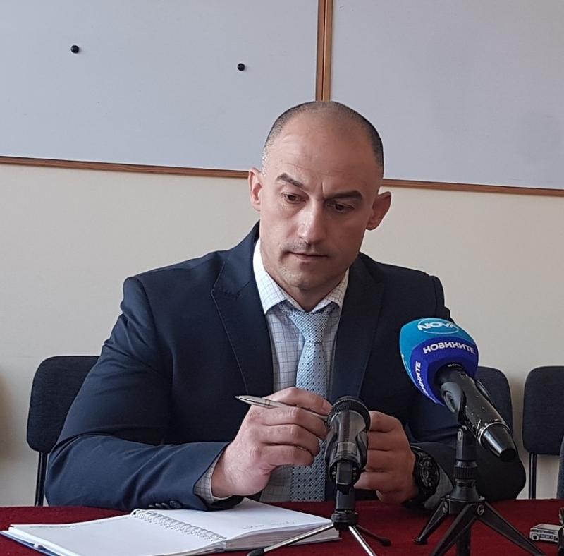 Само в BulNews.bg! Арестантът избягал от РПУ Враца заради повредена врата, Янколов вече реже глави на подчинени