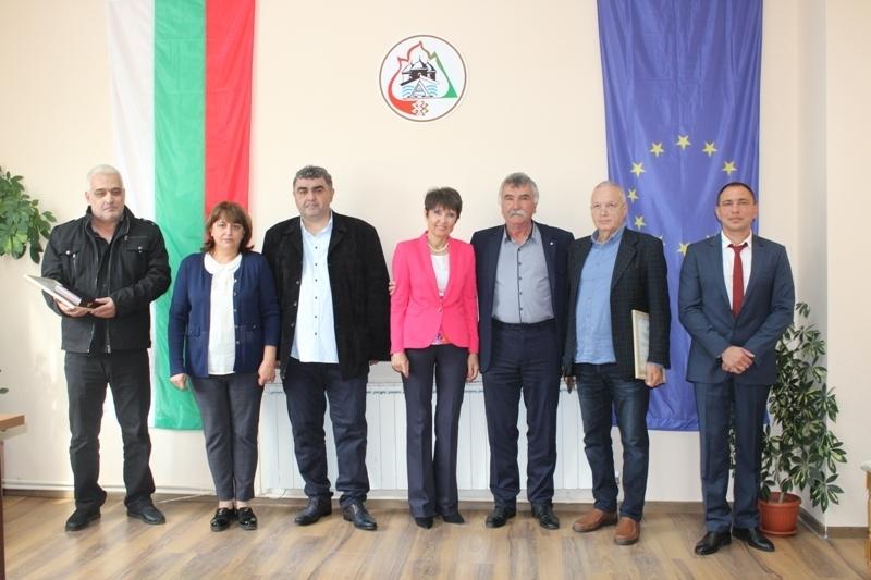Днес на Деня на Независимостта на България, в заседателната зала
