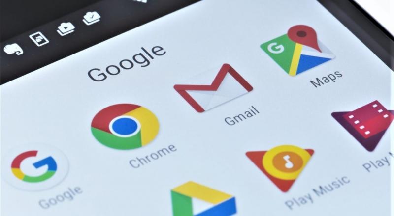 Европейската комисия решава дали да наложи рекордна глоба на Google.