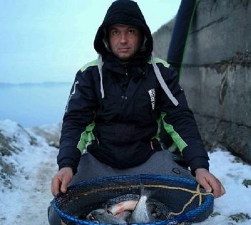 Снимка: Мъж от Лом хвана 20 килограма риба в Дунав и я пусна обратно