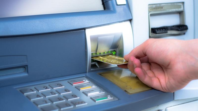 Хванаха мъж от Берковица, източвал пари от чужда банкова сметка