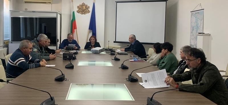 Малина Николова ръководи заседанието на Областната епизоотична комисия