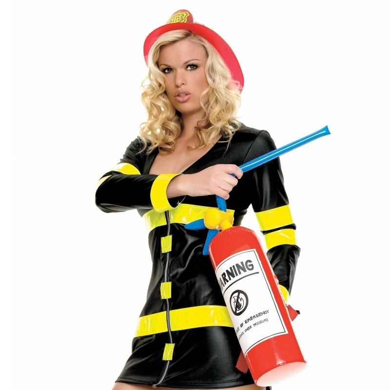 Снимка: Петъчен туитър, въоръжен с пожарогасител