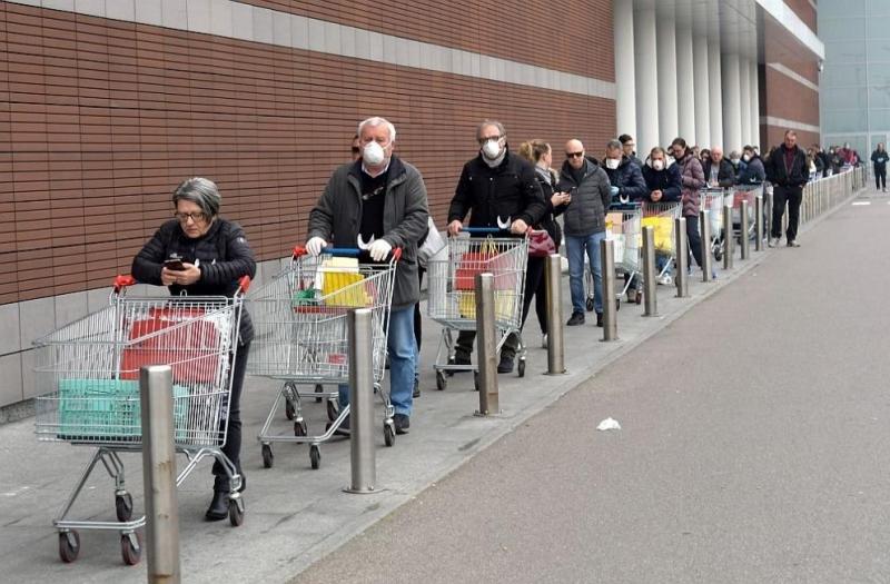 Над 9300 глоби бяха издадени в събота в Италия за