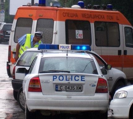 Мъж скочи от ареста на районно управление и загина