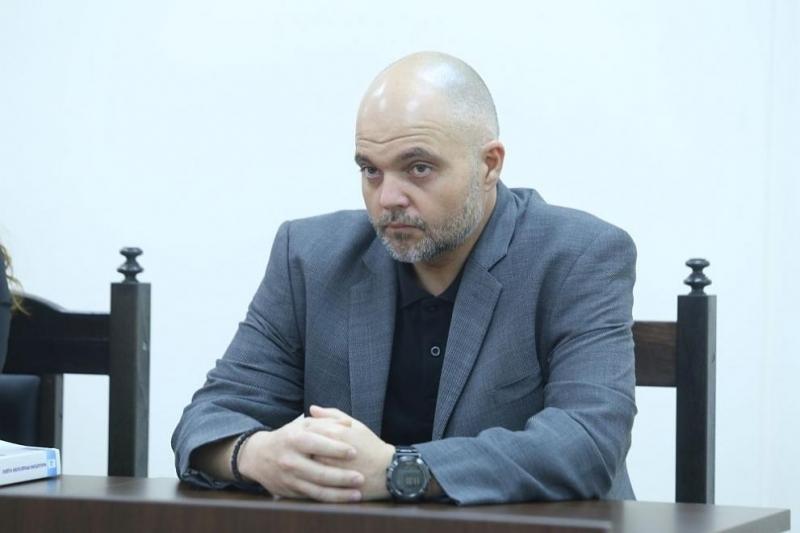 """""""Не пазим нито една политическа сила, а българските институции. За"""