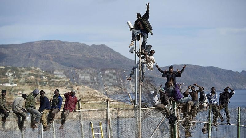 Около 150 мигранти се опитаха да влязат рано тази сутрин
