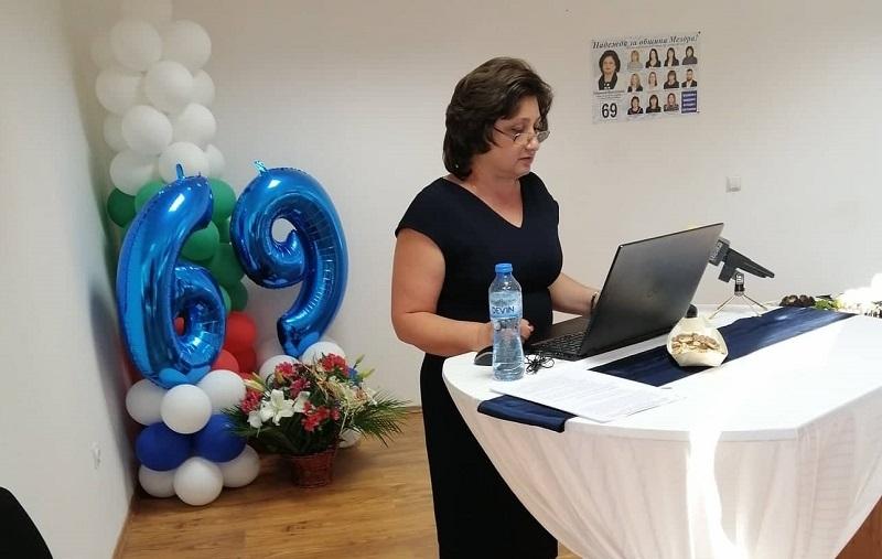 Кандидатът за кмет на община Мездра Надежда Йорданова ще дарява