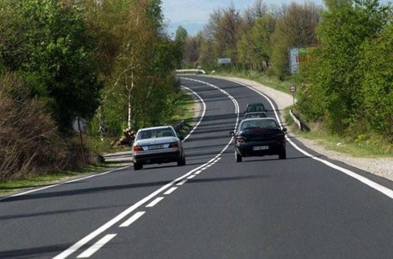 Внимание, шофьори! Ограничиха движението в участък от пътя Мездра - Ботевград