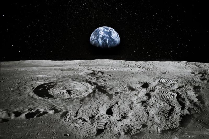 """Коронавирусът """"удари"""" плановете на НАСА за връщането на астронавти на"""