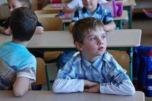 Подготвя се нов стандарт за физическата среда в училищата и