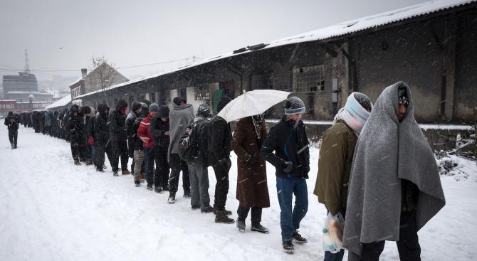 Мигрантите в лагера Вучак край Бихач продължават да отказват храна