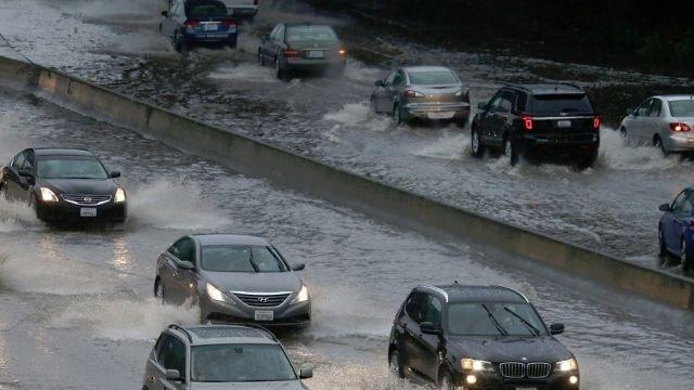 І. МЕТЕОРОЛОГИЧНА ОБСТАНОВКА: Утре над по-голямата част от страната облачността