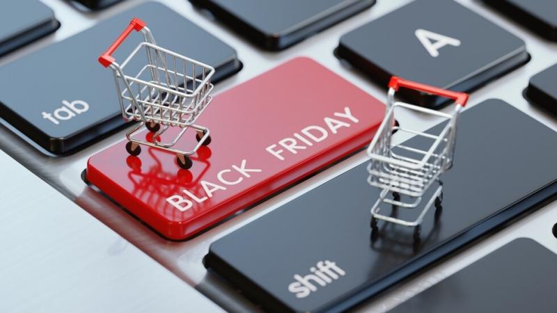 """""""Черният петък"""" наближава. Мнозина вече зареждат кредитните карти, батериите на"""