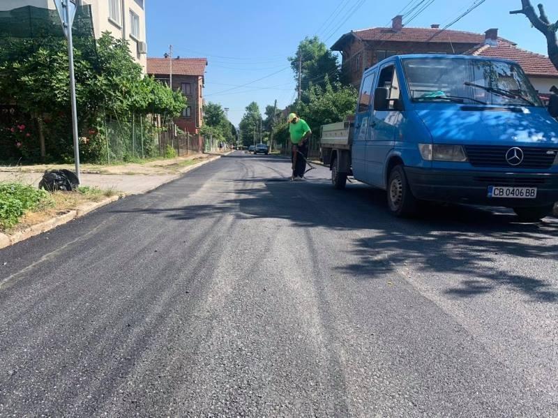 От началото на седмицата стартира възстановяването на асфалтовите настилки на