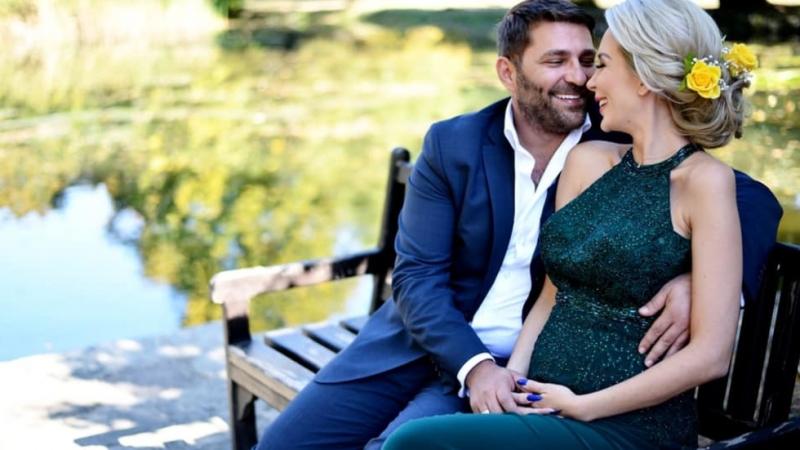 Снимка: Антония Петрова стана майка на имения си ден