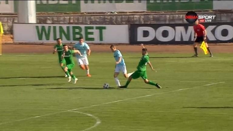 """Отборите на """"Ботев"""" (Враца) и """"Дунав"""" завършиха наравно 0:0 в"""