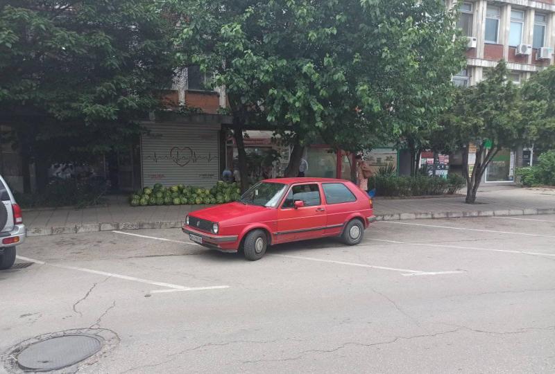Поредното нагло и некадърно паркиране вбеси видинчани, а от институциите