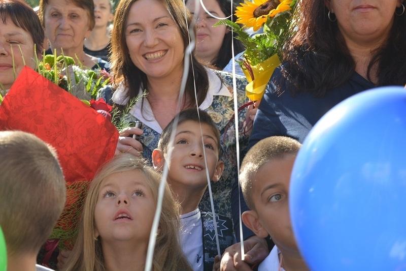 Първокласниците в област Монтана тази есен са 1056. Toва е