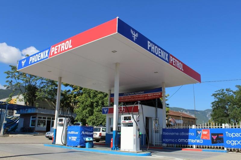 Митничарите удариха със солени актове двете бензиностанции на Николай Езекиев