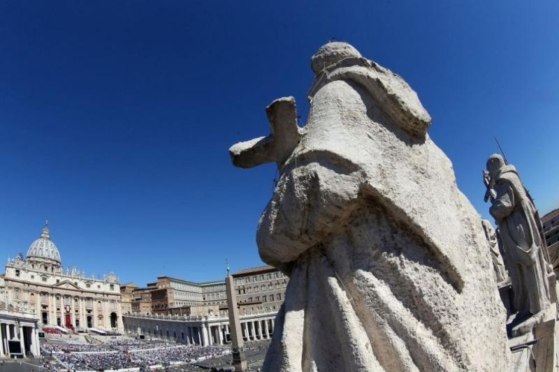 Скандалът за предполагаемо сексуално насилие във ватиканската младежка семинария се