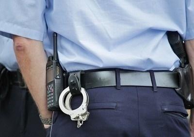 Полицията в британския град Манчестър арестува 93-годишна жена, без да