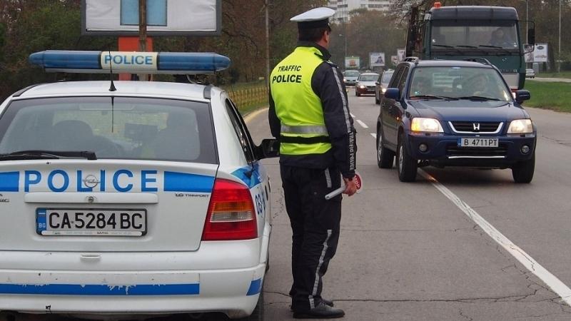 Полицията вув Враца провери десетки шофьори, съобщиха от пресцентъра на