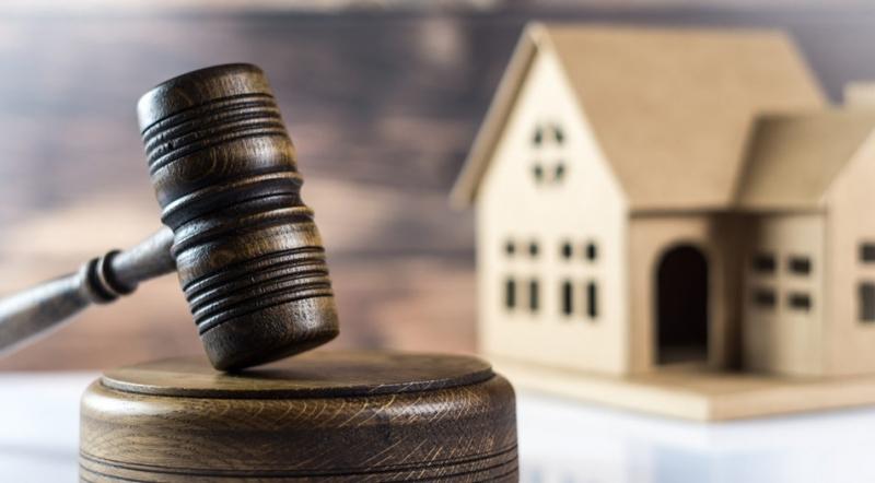 Частен съдебен изпълнител е обявил за публична продан двустаен апартамент